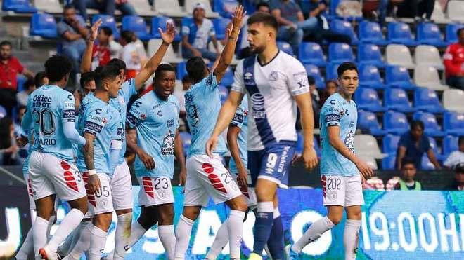 Resultado de imagen para Pachuca de Martín Palermo golea por 0-4 al Puebla