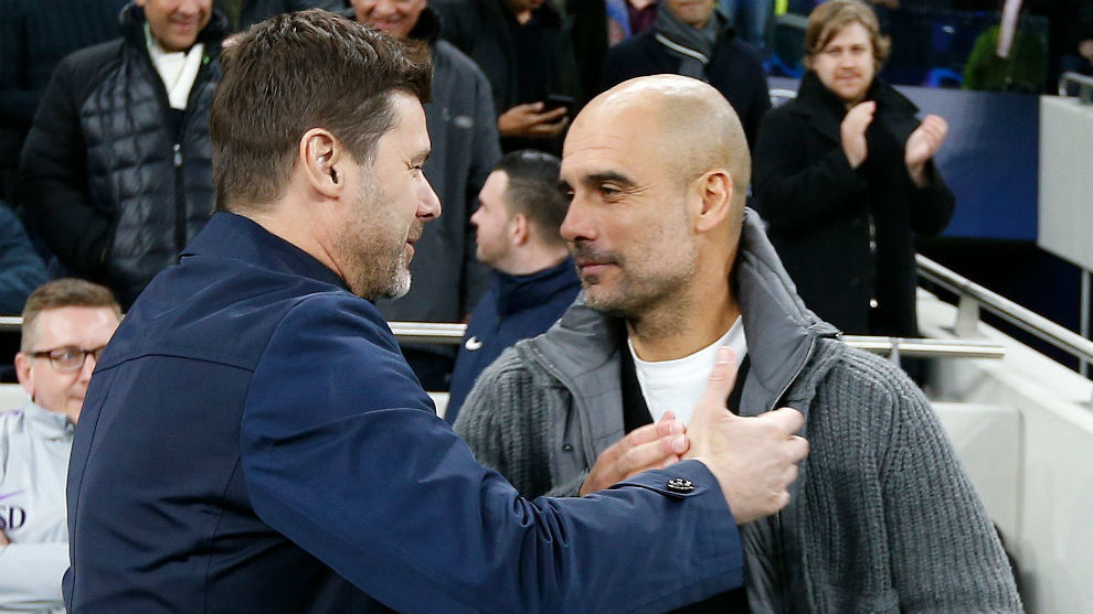 Pochettino (47) y Guardiola (48) se saludan.