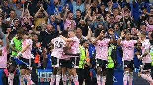 Los jugadores del Leicester celebran el gol de Ndidi.