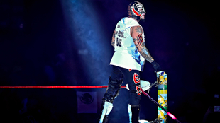 Rey Misterio estará en México con la WWE.