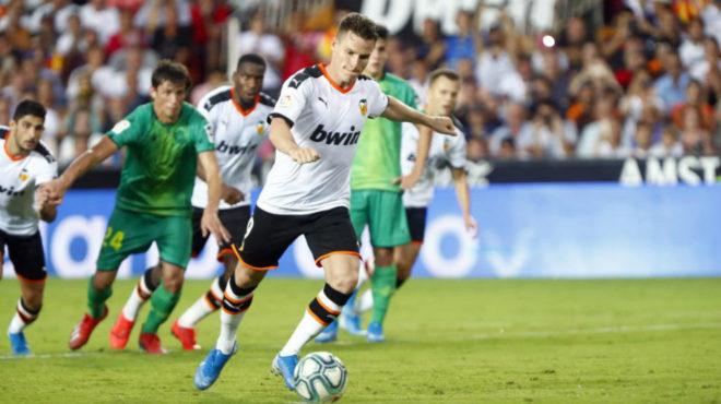 Gameiro misses against Real Sociedad.