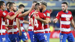 El Granada celebra uno de sus goles al Villarreal.