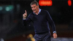 El técnico español suma 9 puntos en 5 jornadas.