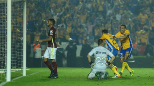 Dueñas empató el partido en el último minuto del tiempo extra.