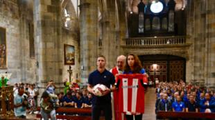 Iker Muniain y Ainhoa Tirapu en la tradicional misa en la Basílica de...