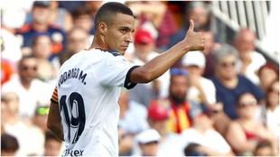 Rodrigo, con todo acordado con el Atlético, está a la espera que...