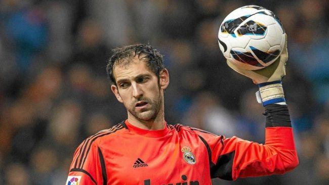 Diego López, en un partido con el Real Madrid.