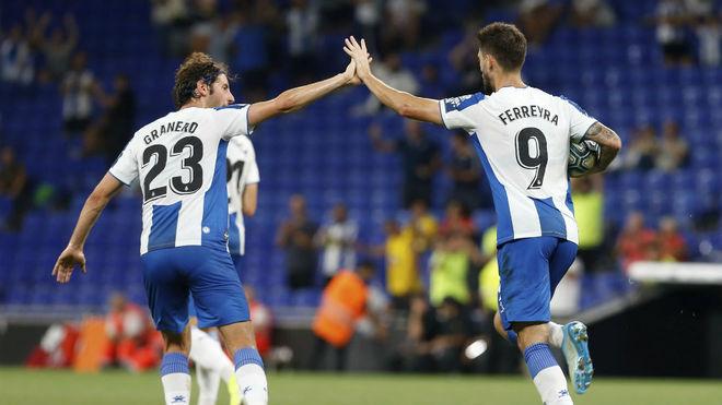 Granero y Ferreyra celebran el gol del empate.