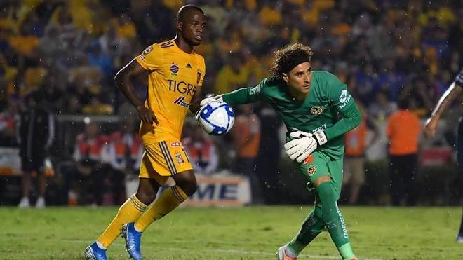 Para su mala fortuna, Ochoa no se fue en ceros en su regreso.