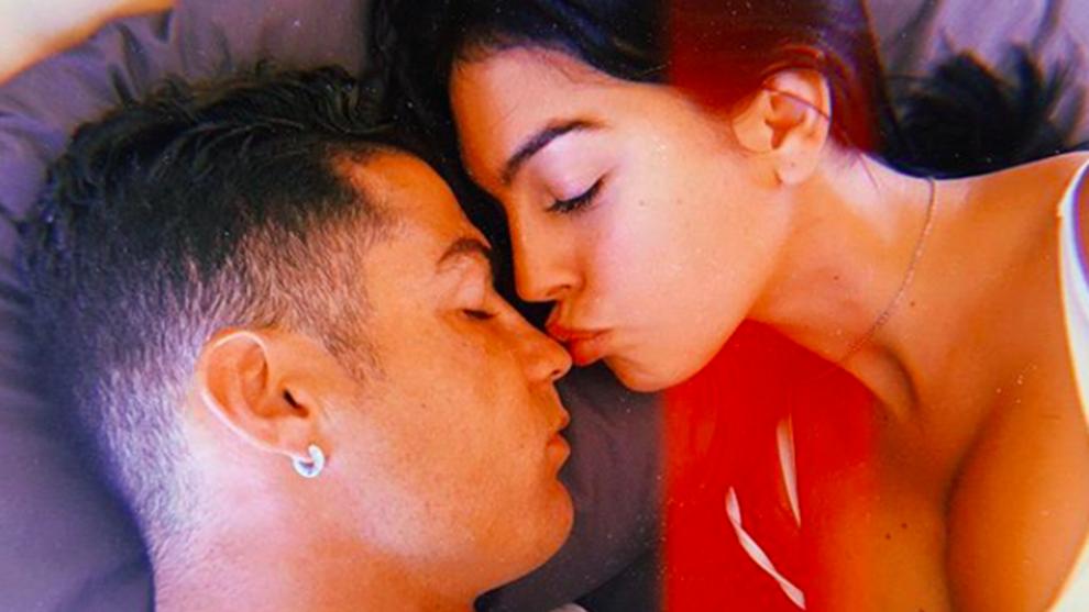 Georgina Rodríguez confesó que le gusta utilizar lencería sexy para...