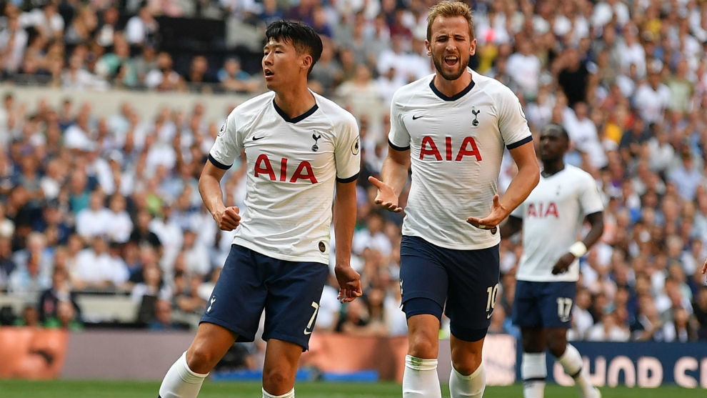 Harry Kane and Son Heung-min during the defeat.
