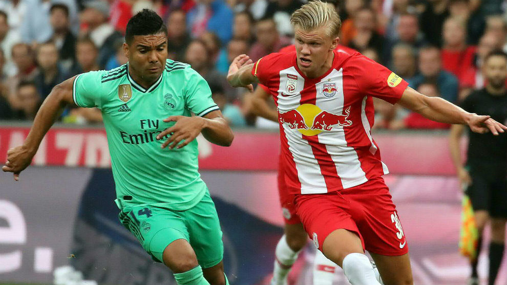 Haland (19), en el partido de pretemporada del RB Salzburgo ante el...