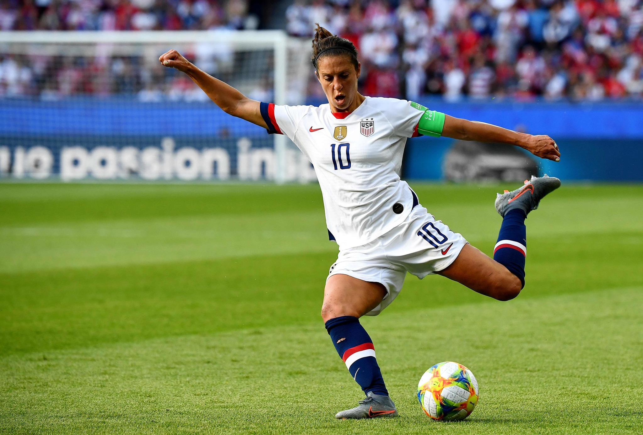 La futbolista Carli Lloyd jugando con la selección de Estados Unidos