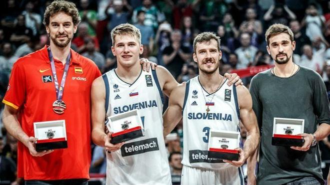 Cuatro de los cinco mejores jugadores del último Eurobasket no...