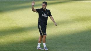 Eden Hazard, en el entrenamiento que el Madrid realizó en el estadio...