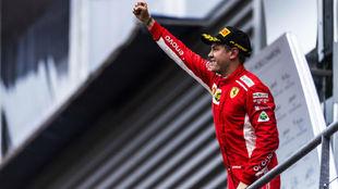 Vettel, celebrando su victoria en Bélgica 2018.