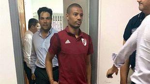 Nicolás De la Cruz, acusado de agredir a un policía en Paraguay.