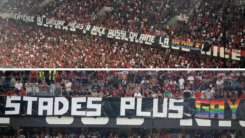 Las dos pancartas desplegadas en uno de los fondos del estadio del...