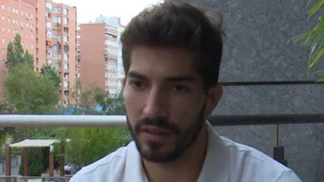 Lucas Silva speaking with Esporte Interactivo.
