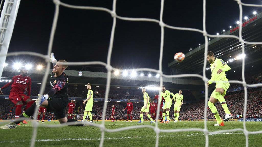 El gol de Origi contra el Barcelona, en Anfield, tras un saque de...