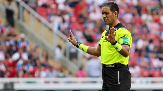 Roberto García Orozco, árbitro mexicano.