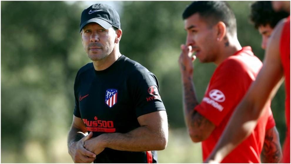 Simeone y Correa, en un entrenamiento de la pretemporada