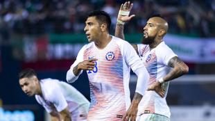 Gonzalo jara durante el encuentro amistoso ante México
