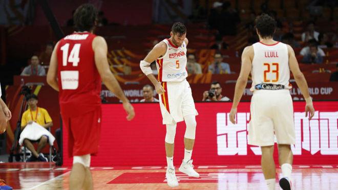 Rudy Fernández se duele del pie derecho tras una torcedura de...