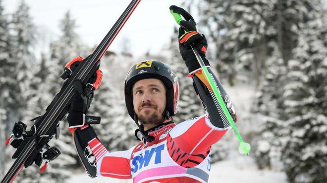 Marcel Hirscher durante una competición.