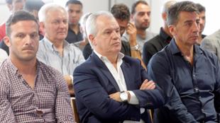 Javier Aguirre, en el centro de la imagen, era entrenador del Zaragoza...