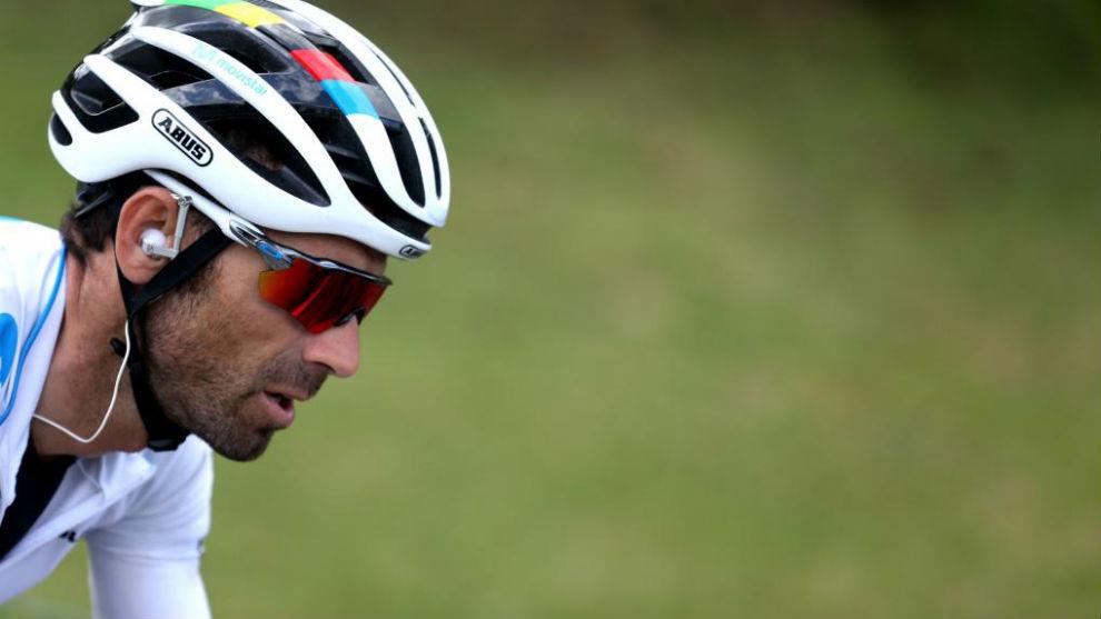 Valverde durante la duodécima etapa de la ronda española.