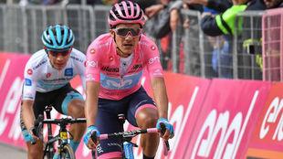Carapaz durante una etapa del Giro de Italia