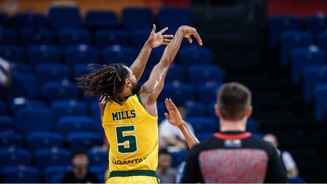Patty Mills fue el máximo anotador del choque con 19 puntos