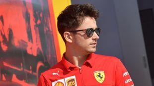 Charles Leclerc, a su llegada a Monza.
