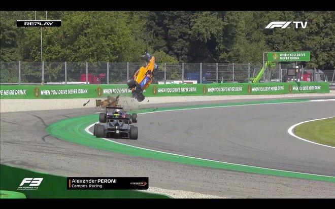Voló Alex Peroni en terrible accidente de la Fórmula 3