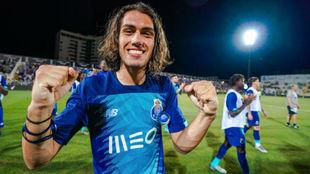 Tomás Esteves (17).
