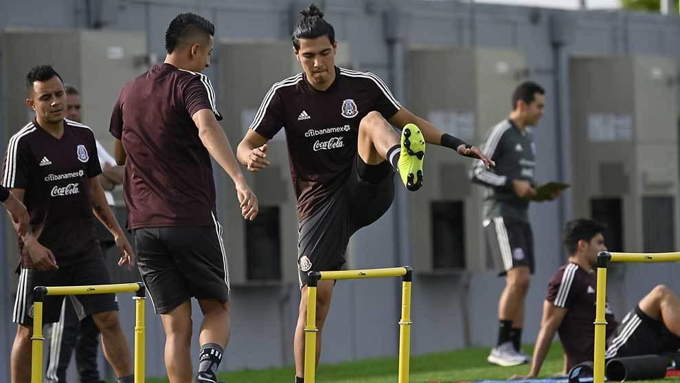 Erick Gutiérrez durante el entrenamiento