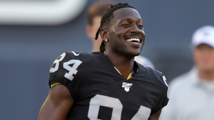Antonio Brown no jugó con Raiders en la pretemporada.