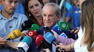 José María García, en el velatorio de Blanca Fernández Ochoa