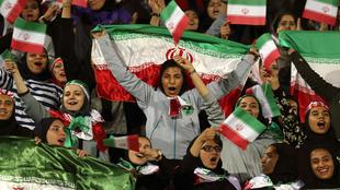 Mujeres iraníes celebran un gol.