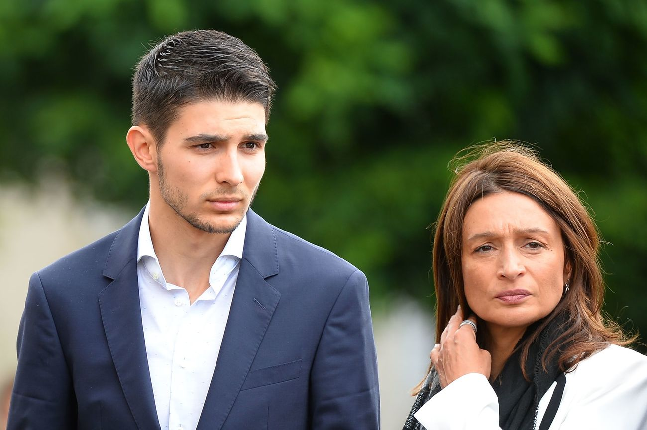 Formula 1's French driver Esteban Ocon and his mother Sabrina arrives to attend at the funeral ceremony of the late French racing driver Anthoine Hubert's at the Cathedral of Notre Dame, on September 10, 2019, in Chartres, center France. - The 22-year-old F2 driver was killed on August 31, 2019 in a crash on the Spa-Francorchamps circuit. (Photo by JEAN-FRANCOIS MONIER / AFP)
