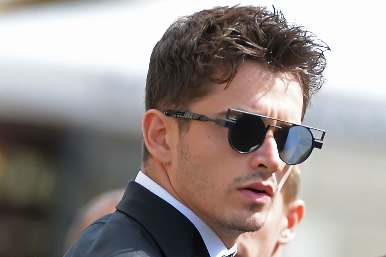 Ferrari's Monegasque driver Charles Leclerc arrives to attend the funeral of late French racing driver Anthoine Hubert into Chartres' cathedral, on September 10, 2019. - The 22-year-old F2 driver was killed on August 31, 2019 in a crash on the Spa-Francorchamps circuit. (Photo by JEAN-FRANCOIS MONIER / AFP)