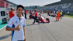El piloto de 13 años de edad, forma parte de una nueva generación