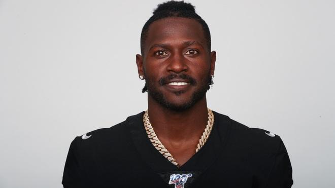 Brown recientemente fue anunciado por los Patriots.