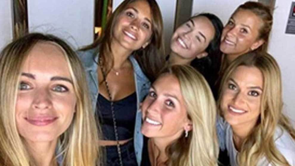 The wives and girlfriends of several Barcelona players said goodbye to...