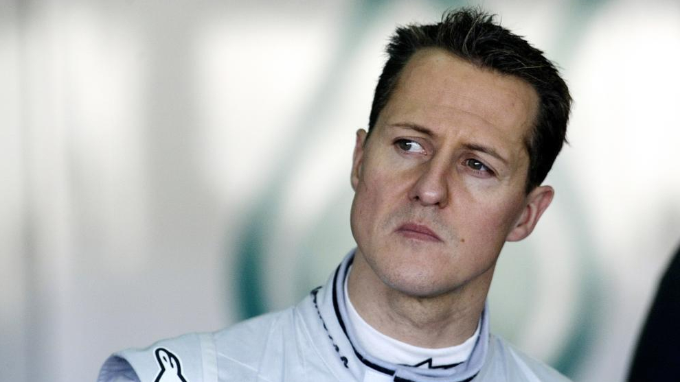 Michael Schumacher ingresó a un hospital de París para tratamiento secreto