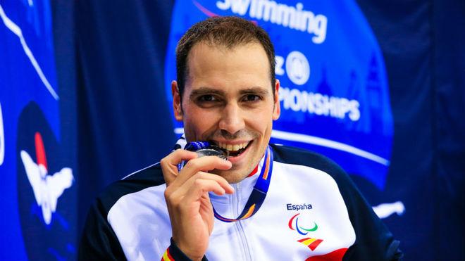 Toni Ponce, con la medalla de plata.