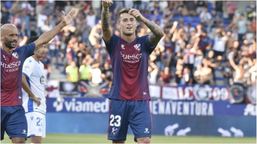 Raba celebra su gol al Deportivo en El Alcoraz