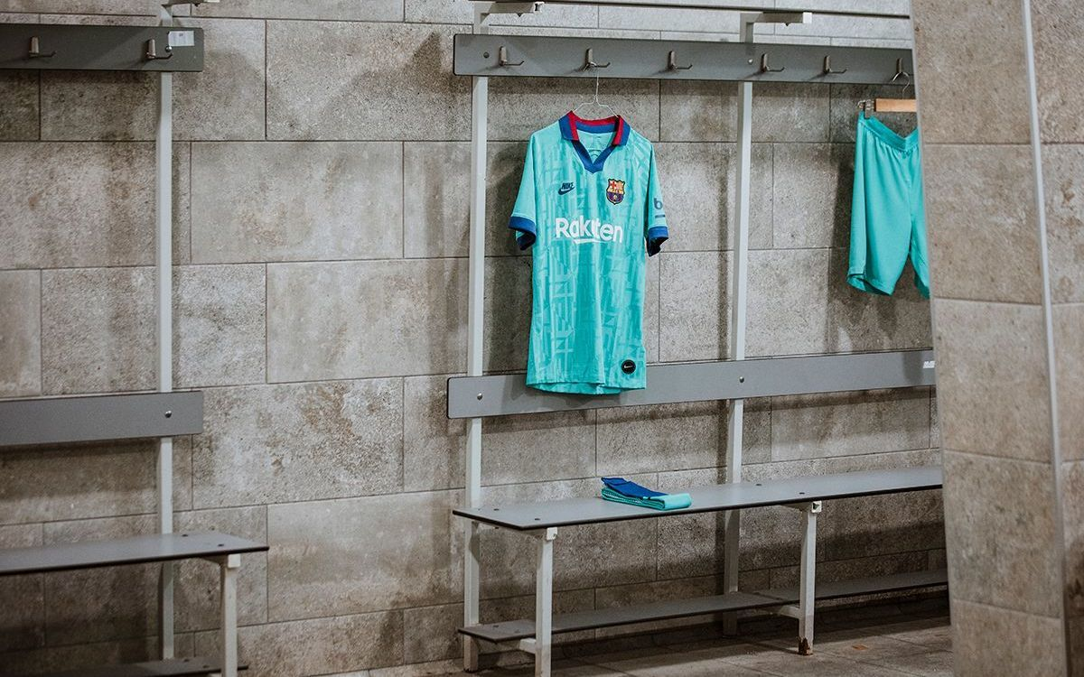 Tercera equipación FC Barcelona temporada 2019-20.