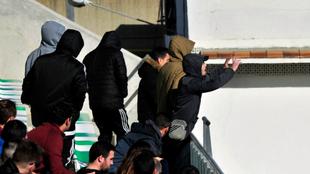 Aficionados radicales durante un partido.